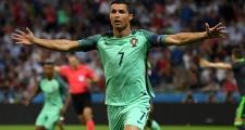 Giờ Ronaldo là bóng ma hiện về