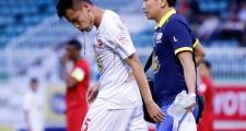 Những điểm nhấn vòng 2 V-League: Máu, nước mắt và dấu ấn trọng tài