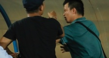 BTC sân Thiên Trường có đồng lõa trong vụ hành hung phóng viên?