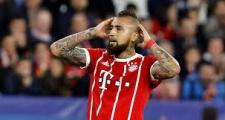 Vidal đến Barcelona, Bayern vẫn chưa hết 'đau đầu'
