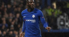 Thi đấu bế tắc, fan Chelsea đòi 'tống cổ' cái tên này