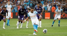 Khai màn Ligue 1, Marseille có chiến thắng ấn tượng nhờ... VAR