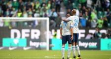 Nhận bàn thua 'oan trái', Á quân Bundesliga ôm hận ngày ra quân