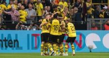 Witsel 'xe đạp chổng ngược', Dortmund hủy diệt Leipzig ngày khai màn