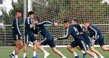 Gareth Bale cho đàn em 'hít khói' trong màn so tốc độ