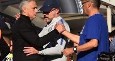 Sarri yêu cầu CĐV Chelsea phải làm điều này với Mourinho