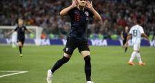 Sao tuyển Croatia trả nợ giúp 500 đồng hương quê nhà