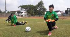 May mắn hơn đội nam, tuyển nữ Việt Nam được tập sân 'xịn'