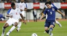 Ba tiền vệ trẻ Nhật Bản thăng hoa, gieo sầu vào đội của Cavani