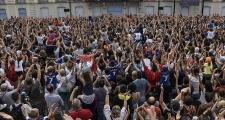 2000 người hâm mộ chào đón Griezmann ở quê nhà