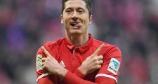CEO Bayern đáp trả trước lời đề nghị 150 triệu euro cho Lewandowski