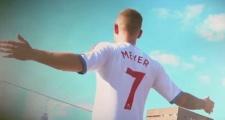 CHÍNH THỨC: Max Meyer đến Ngoại hạng Anh, hưởng lương ngang Mkhitaryan