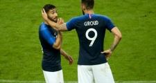 Hazard, Giroud đồng loạt ra tay đưa Fekir về Stamford Bridge