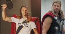 LA Galaxy tôn vinh Ibrahimovic bằng tạo hình 'thần Thor'