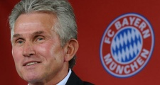 Jupp Heynckes nhận giải HLV xuất sắc nhất mùa của Đức