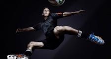 Lionel Messi: Người Argentina giản dị nhất trong thế giới phù hoa (Kỳ 2)