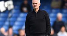 Hòa Chelsea, Mourinho được học trò đưa lên tận chân mây