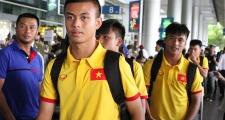 Về Việt Nam, cầu thủ trẻ U16 gửi lời cảm ơn đến người hâm mộ