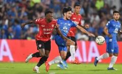 Văn Lâm mắc sai lầm nghiêm trọng, Muangthong United thua bẽ mặt Chonburi