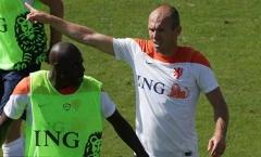 Robben chửi đồng đội ngu ngốc
