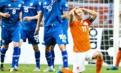 Đội trưởng Hà Lan chỉ trích đồng đội vì thất bại trên sân nhà