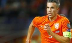 Van Persie bi quan về cơ hội của Hà Lan
