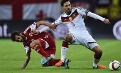 Hummels không hài lòng về màn trình diễn của ĐT Đức