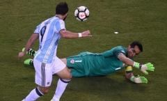 Higuain lại 'chân gỗ', Messi chỉ còn biết ôm hận