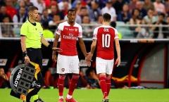 'Emery tự đập vào chân mình khi để cậu ta ra sân'