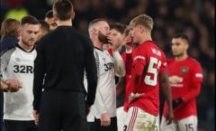 Bật bãi khỏi FA Cup, Rooney kéo 1 đàn em lại nói chuyện