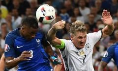 Schweinsteiger để bóng chạm tay: Không có thuyết âm mưu nào