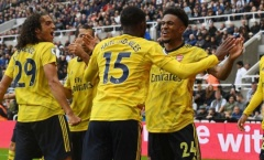 Gary Neville: 'Chắc chắn Arsenal không thể đến Anfield với 4 cậu ta'