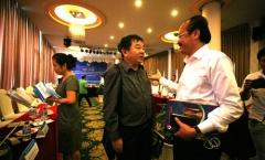 Lạ lùng trọng tài Việt