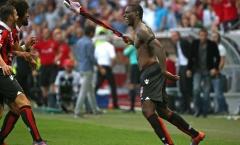 Balotelli ghi bàn, nhận thẻ đỏ, đưa Nice lên ngôi đầu Ligue 1