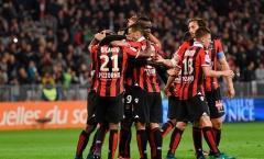 Balotelli dứt điểm tinh tế hạ Nantes, Nice tiếp tục thống trị ngôi đầu Ligue I