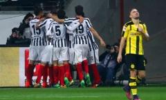 Đánh bại Dortmund, Frankfurt tạm đuổi kịp Hùm xám