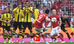 Sút phạt tuyệt đẹp, Lewandowski nhấn chìm Dortmund tại thánh địa Allianz Arena