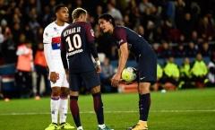 Góc HLV Phan Thanh Hùng: Bayern và PSG sập bẫy, Barca ngạo nghễ
