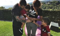 Messi công bố tên của thiên thần thứ 3