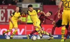Sẩy chân trước đội bét bảng, Dortmund chỉ còn hơn Bayern 3 điểm