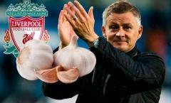 Vì sao M.U rải tỏi ở Old Trafford trước trận gặp Liverpool?