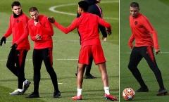 Nhìn Mbappe thế này, Man Utd có lý do run sợ