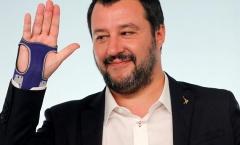 Phó thủ tướng Italia đặt mục tiêu mỗi thành phố phải xây sân mới
