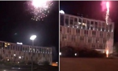 Fan Liverpool đốt pháo ngoài khách sạn của Barcelona