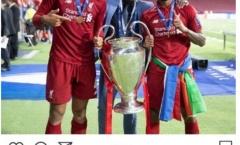 Liverpool vô địch Champions League, De Ligt có hành động 'thả thính'?