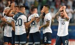 Đây! Phản ứng của Messi sau khi Argentina xém chết 'hụt'