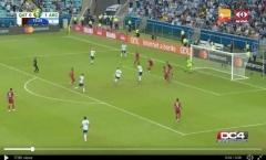 NHM tá hỏa với khả năng dứt điểm siêu tệ của Messi