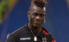 SỐC: Chứng nào tật nấy, Balotelli lại giở thói 'chơi ngông'