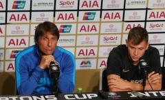 """Chuẩn bị đấu Man Utd, sao Inter Milan tranh thủ """"nịnh"""" Conte"""