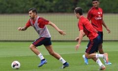 Chưa đá phút nào, tân binh Arsenal đã định sẵn tương lai